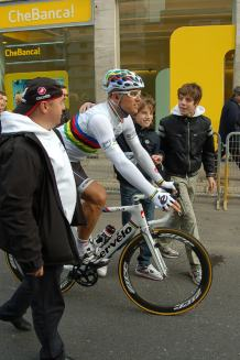 Thor's new rainbow jersey was a star attraction.