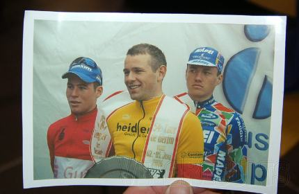 An old pic from an autograph hunter - who's that Alex has just beaten?