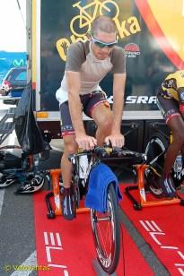 Reinardt Janse Van Rensburg warms up.