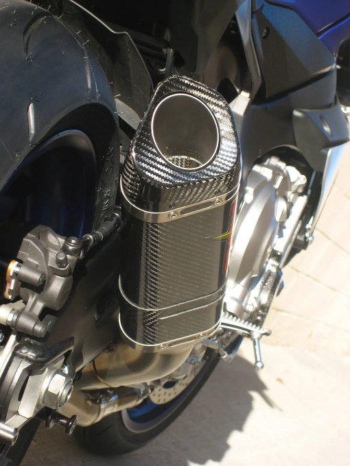 Graves Motorsports 2015 Yamaha R1 Full Titanium Exhaust System with carbon fiber canister