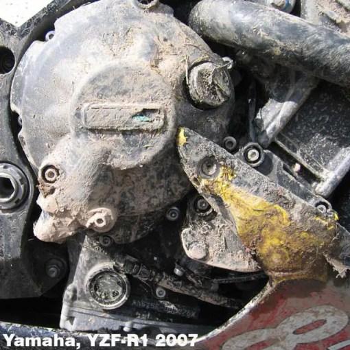 EC-R1-2007-2-GBR YZF-R1 GEARBOX / CLUTCH COVER 2007 - 2008 Knockhill-BSB08-CRASH-R1-8-640