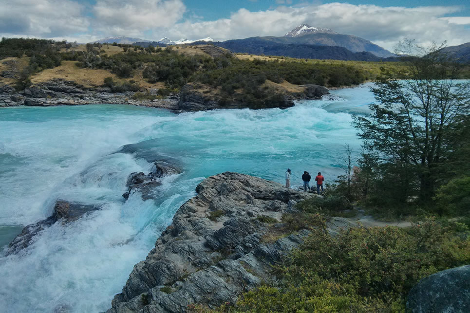 Foto 13 - Rio Baker, o mais caudaloso do Chile e a confluência com o Rio Nef