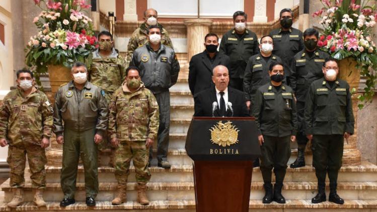 Los fantasmas de un ministro paranoico