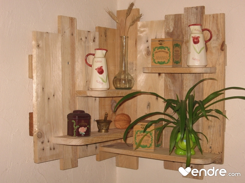 decor mural d angle en palettes recyclees