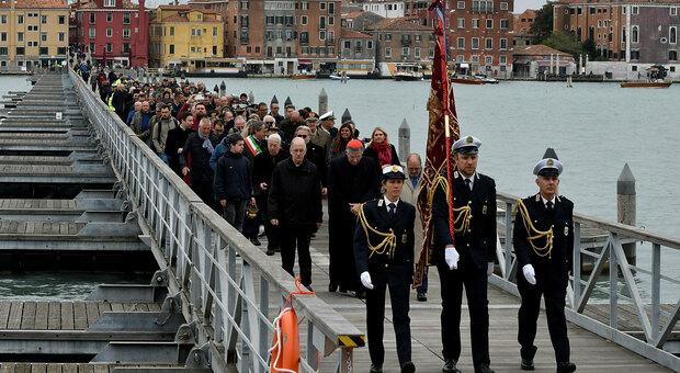 Keine Pontonbrücke zum Friedhof San Michele/Venedig