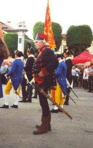 la schiavona da me usata nelel sfilate storiche era del maestro spadaio Del Tin, replica perfetta