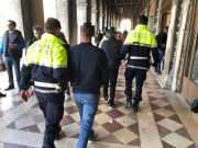 Due borseggiatori arrestati dalla Polizia Locale