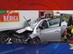 Incidente mortale in A4: scontro tra tir e auto