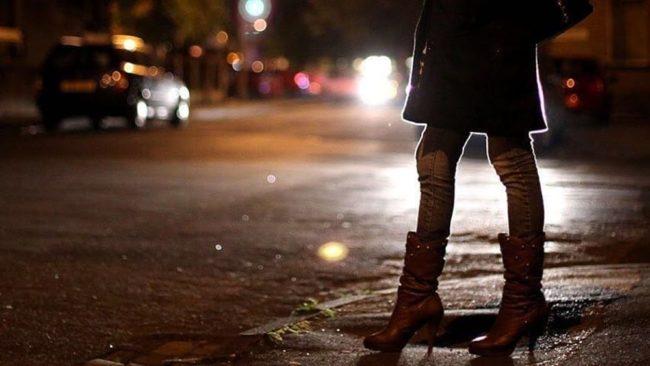 Scoperto ad avere un rapporto con una prostituta: daspo per un giovane