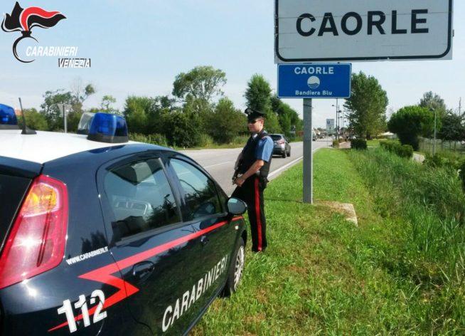 Caorle, trovato in auto con 1 etto di eroina: arrestato - Televenezia