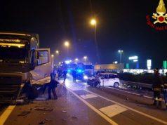 Romea, scontro tra auto e camion: un ferito