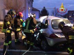 San Donà: frontale tra auto e camion, morto 21enne