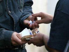 Eroina spacciata sui binari a Mestre: arrestato