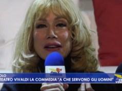 Nancy Brilli in A che servono gli uomini a Jesolo