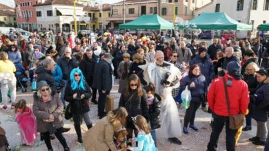"Photo of Carnevale 2020: a Chirignago la festa ""Green"""