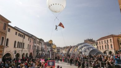 Photo of Volo dell'Asino 2020 arriva al Mestre Carnival Street Show