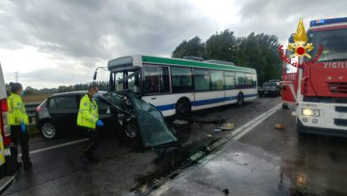 Photo of Scontro frontale tra auto e bus a Marano: muore una donna