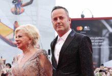 Sandra Milo presenta il baby fidanzato di 49 anni
