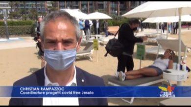 VIDEO: Jesolo, lettini con musica e massaggi: la nuova frontiera in spiaggia - TeleVenezia