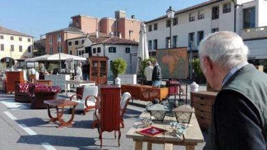 Mirano, domenica torna il mercatino dell'antiquariatoariato a Mirano. Area allargata e negozi e locali aperti nel rispetto delle norme anti-Covid