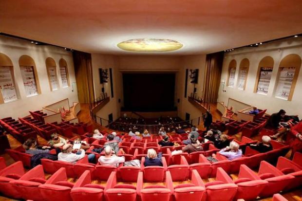 Il Teatro Toniolo di Venezia riparte: da ottobre il via alla stagione di prosa - TeleVenezia