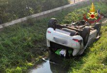 Scorzè, auto finisce in un fossato: due donne ferite - Televenezia