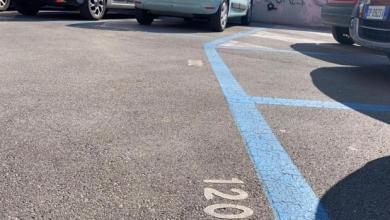 Parcheggi strisce blu: gratuiti i primi 45 minuti a luglio e agosto