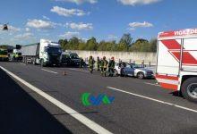 Passante di Mestre, scontro tra auto e mezzo pesante: un ferito grave - TeleVenezia