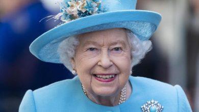 La regina Elisabetta II trascorre una notte in ospedale