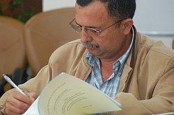 ラモン・カリサレス新副大統領の写真
