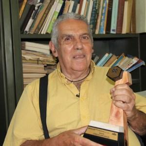 Mauricio Ramia, Científico Venezolano de casi 90 años es premiado