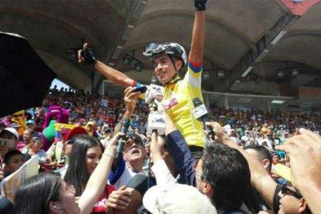 Jhonathan Salinas, el hombre del momento en el ciclismo venezolano
