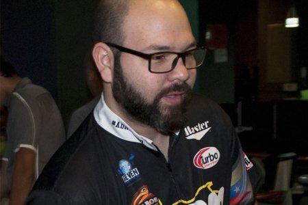 Ildemaro Ruiz Jr. con gran arranque en Las Vegas