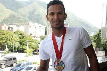 El venezolano Andrés Madera es el número uno del ranking mundial de karate