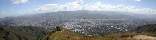 Vista de Caracas desde el Estribo de Duarte