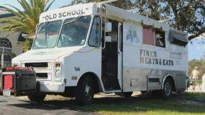 FINER MEATS & EATS - Food Truck @ Venn Brewing Company