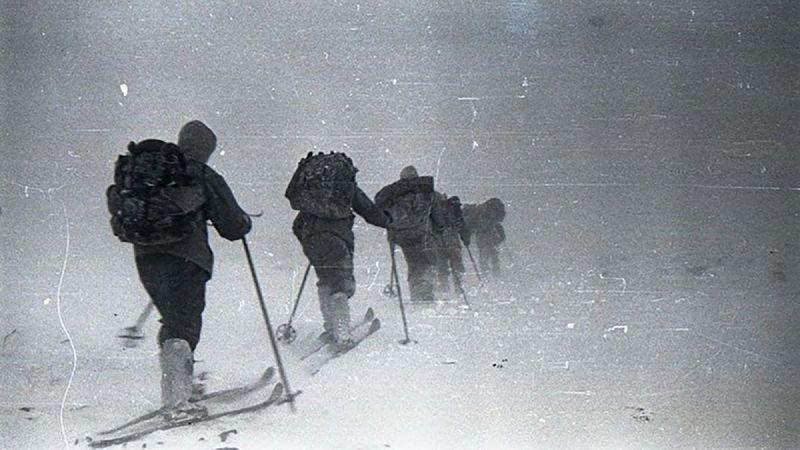 passo dyatlov frozen escursionisti