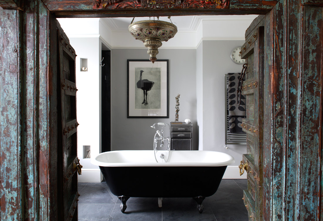 Bathroom Inspiring Clawfoot Tub With Tansparent Curtain For