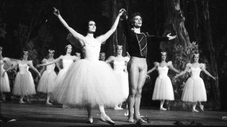 Carla Fracci e Rudolf Nureyev in Giselle