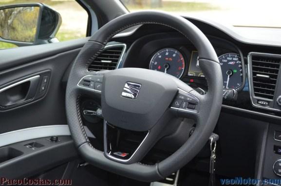 Seat Leon Cupra 2.0 TSI 280cv DSG (46)