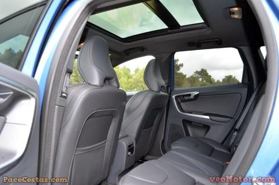 Volvo XC60 D5 AWD Momentum RDesing (33)