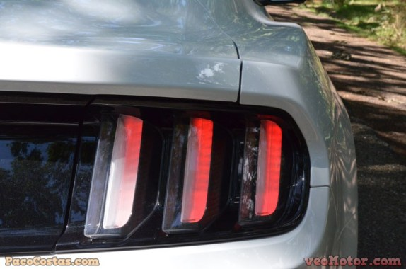 Ford Mustang 3.3 EcoBoost Fastback (45)