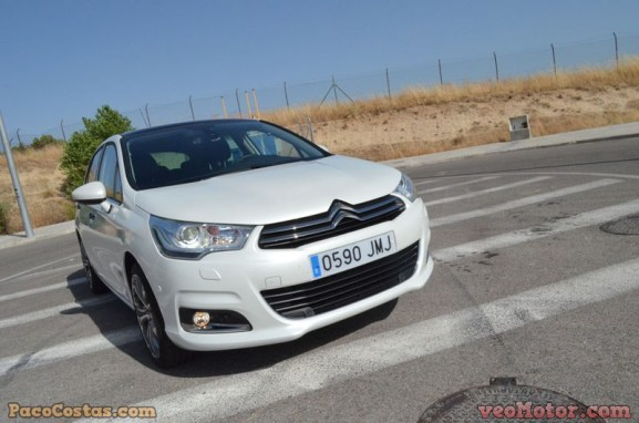 Citroën C4 Shine 1.6 BlueHDI 120cv (9)