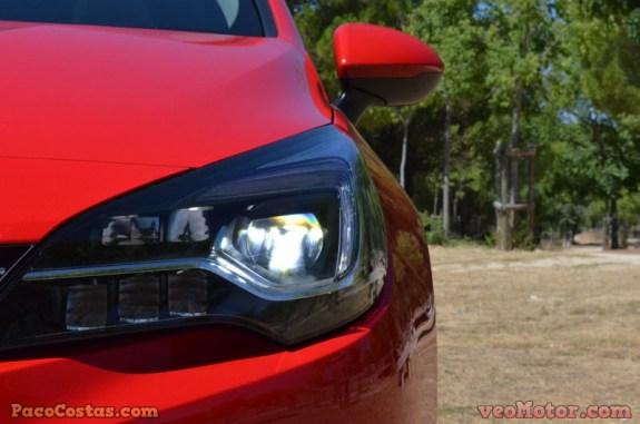 Opel Astra Sports Tourer 1.6 Turbo 200cv (46)