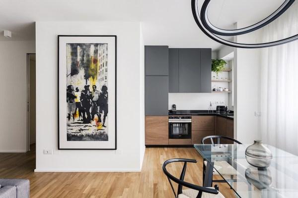 Interno di un appartamento a Milano, progetto Nomade Architettura, consulenza artistica Vera Canevazzi, opera di Nicola Villa, foto Simone Furiosi.