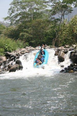 Rafting Descenso En El Rio Actopan Chicuasen Veracruz