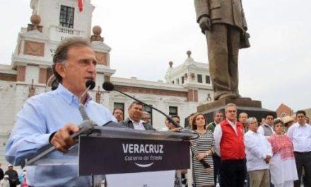 """«El campo veracruzano es una prioridad y se le deben destinar mayores recursos"""": Gobernador Yunes: Estado"""