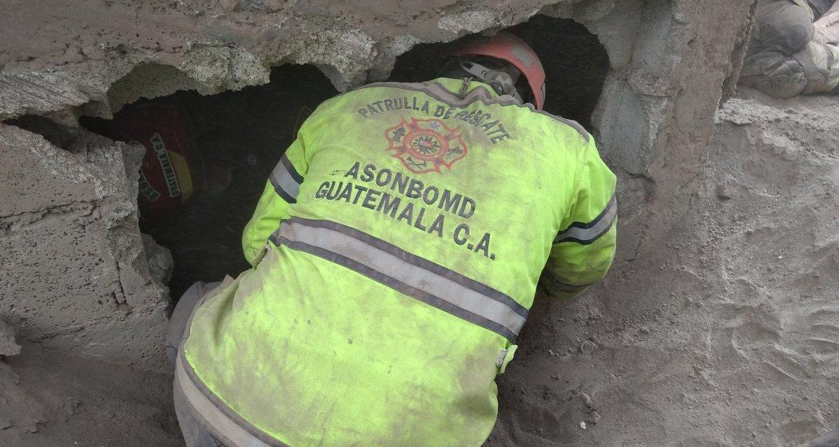 Hallan 5 niños muertos bajo la ceniza del volcán de Fuego