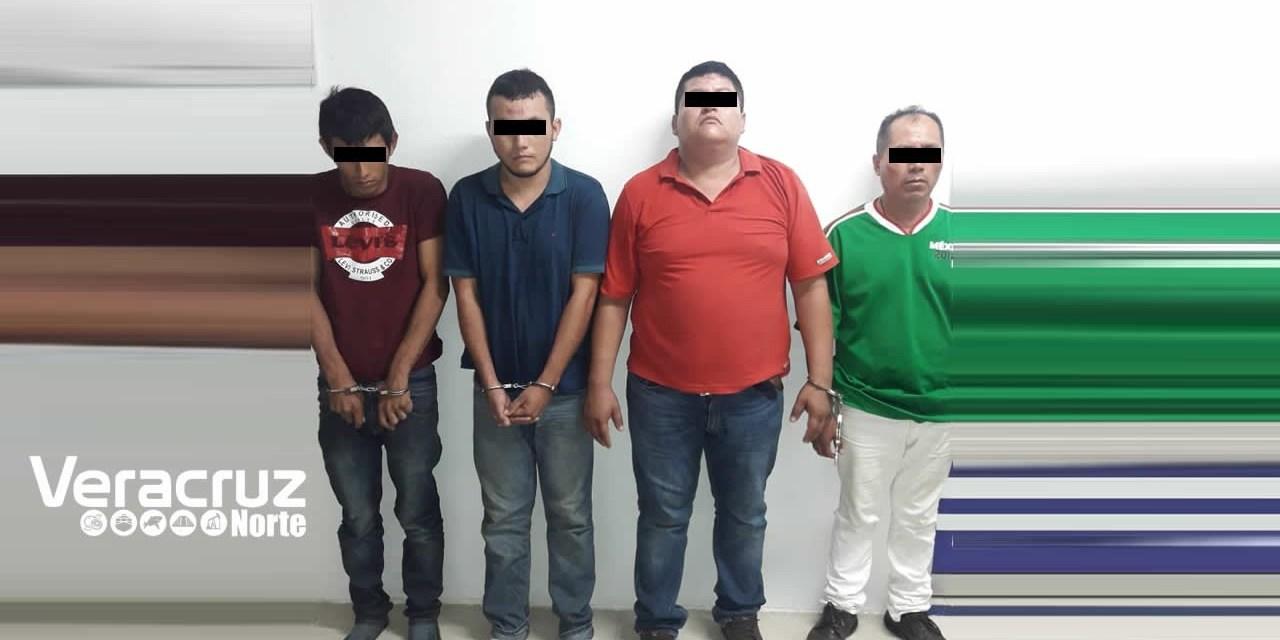 Seguridad Pública Detiene a Ocho Presuntos Delincuentes