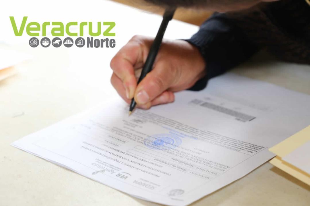 Reciben productores de la sierra de Zongolica pago del SAC (1)